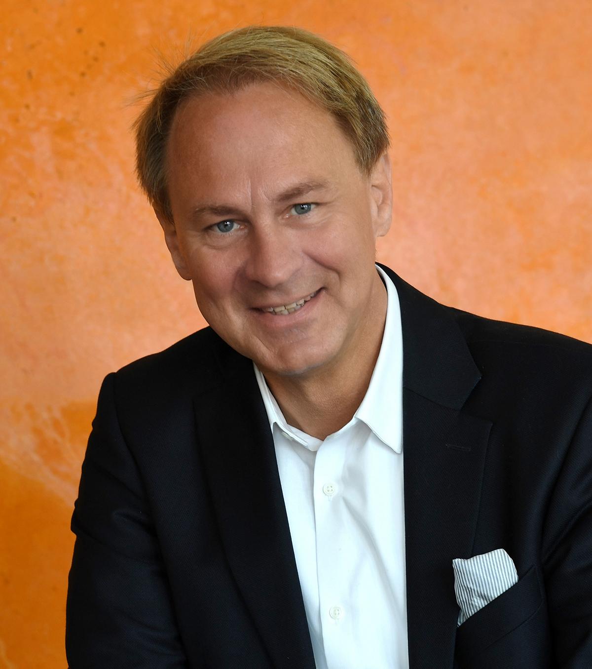 Dr. jur. Holger Großhardt